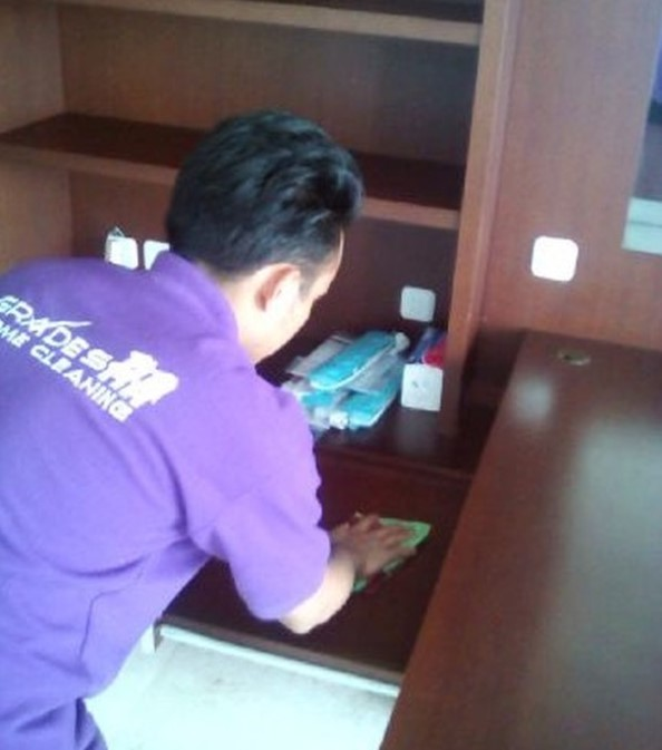 tips membersihkan rumah baru